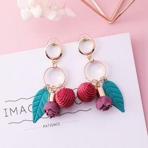 ❤️️NEW UNIQUE Pearl Flower Handmade Earrings R9